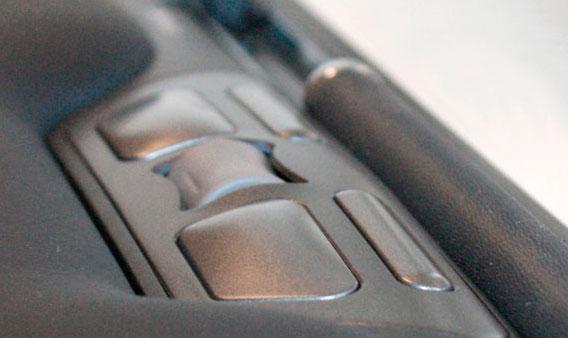 Zwarte, ergonomische rollermouse van Ergonomique, de ErgoSlider
